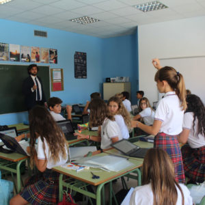 Talk on changes in adolescence at El Valle International College Alicante